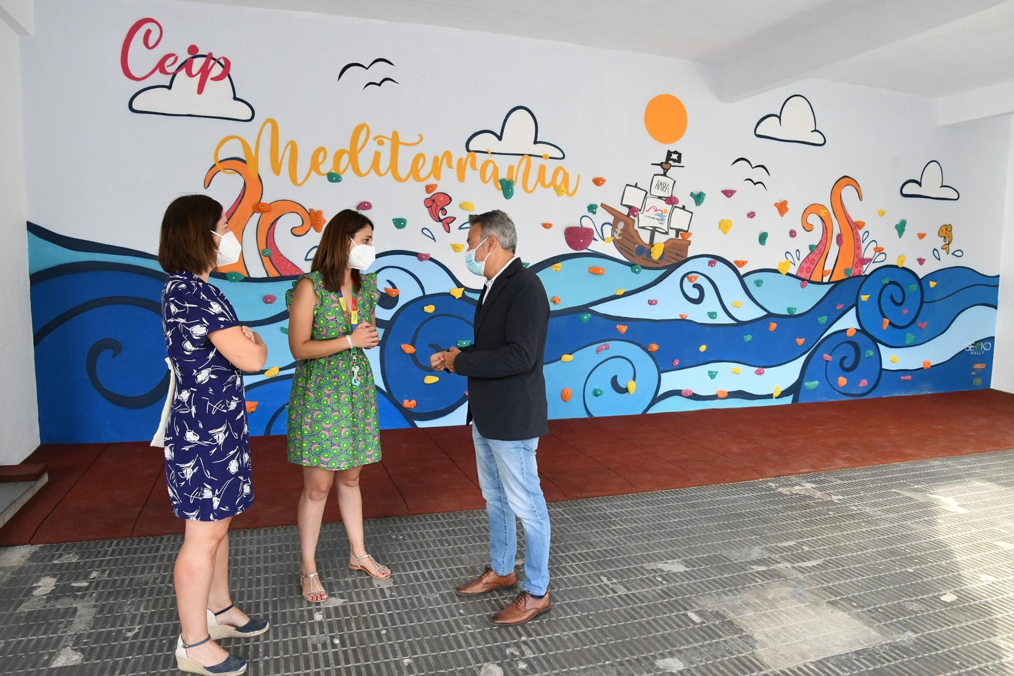 Visita del alcalde y la concejala de Educación en el inicio del cole