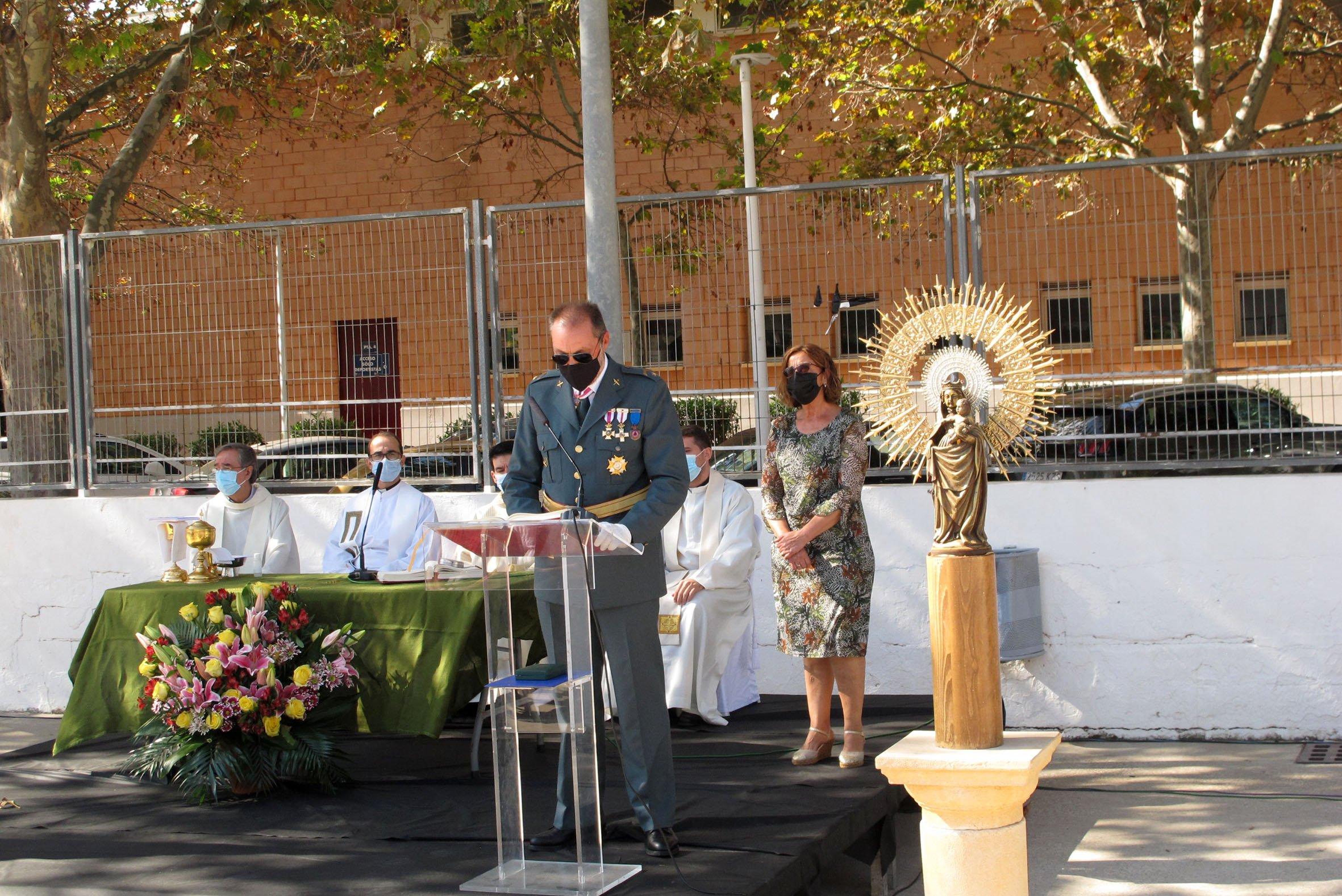 Acto de la Guardia Civil en el día del Pilar (11)