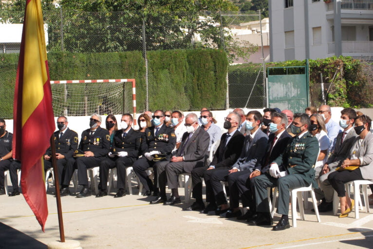 Acto de la Guardia Civil en el día del Pilar (16)