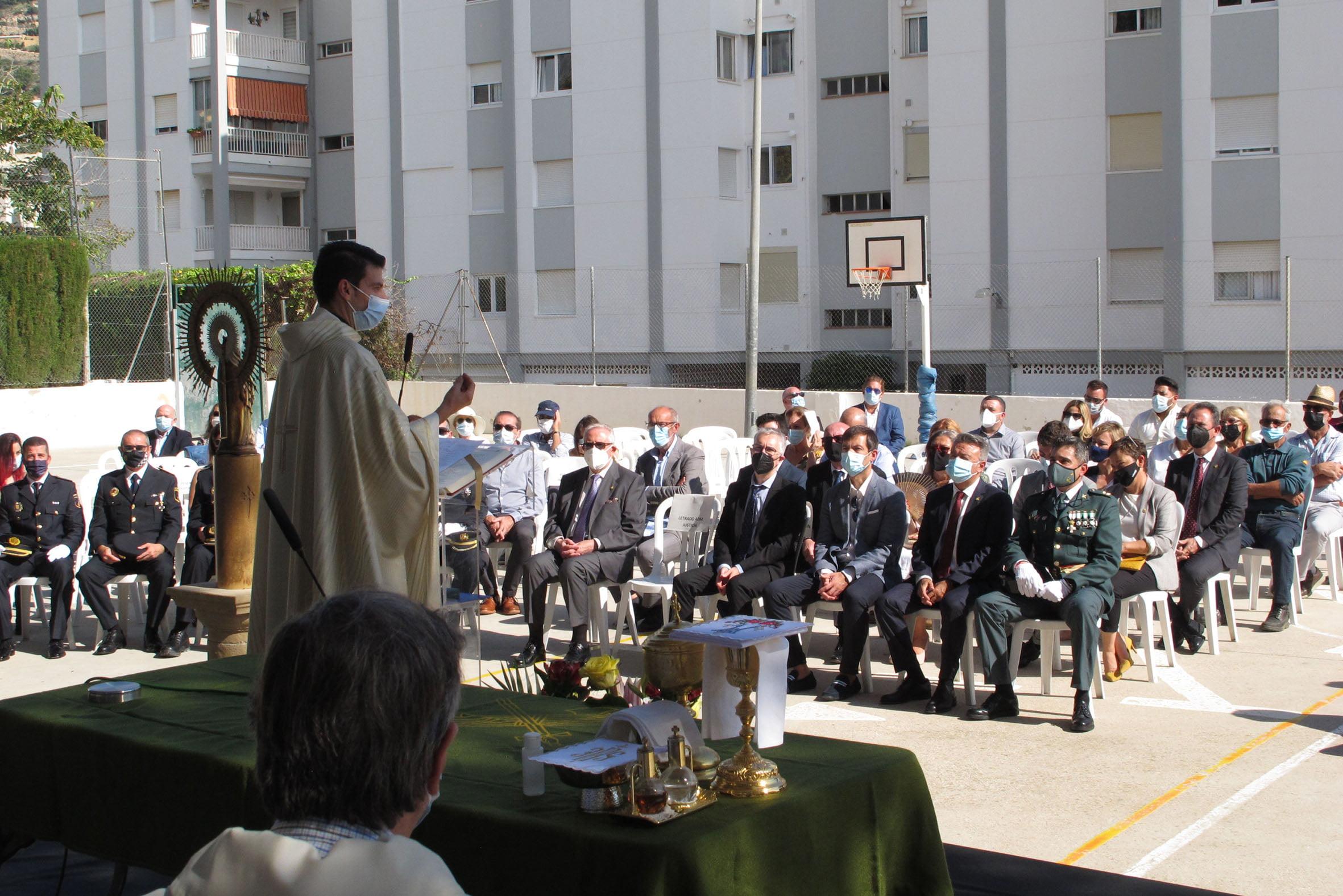 Acto de la Guardia Civil en el día del Pilar (19)