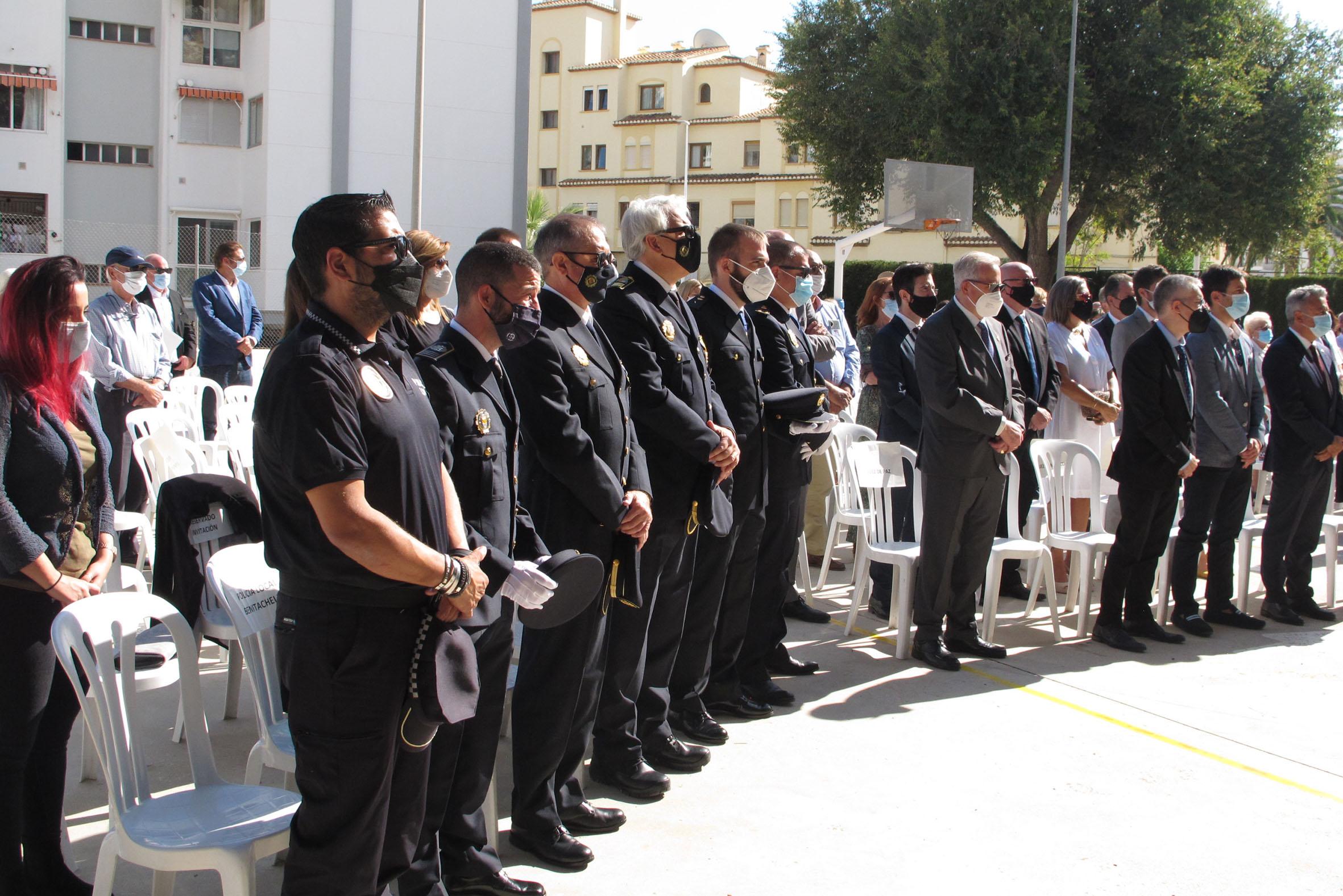 Acto de la Guardia Civil en el día del Pilar (9)