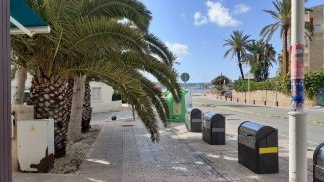 Imagen: Contenedores de la basura en Duanes de la Mar