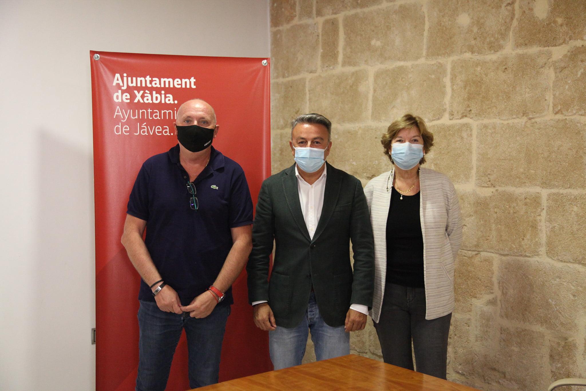Juan Ortolà, José Chulvi y Isabel Bolufer