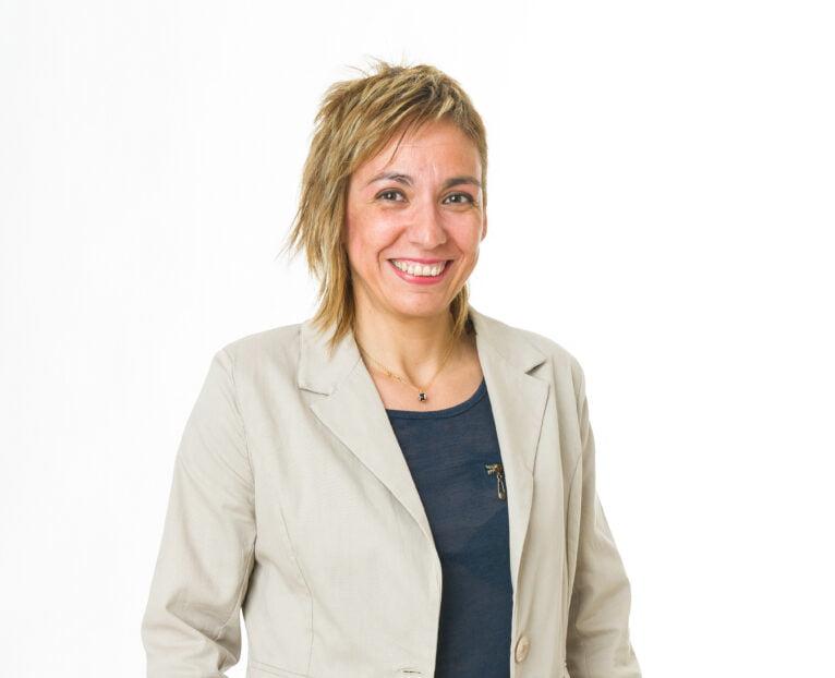 Llúcia Signes, nueva secretaria local de Compromís