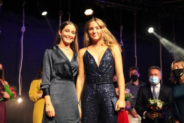 Imagen: Marta Ortuño y Nara Rodríguez, reinas de Fogueres 2020 y 2021