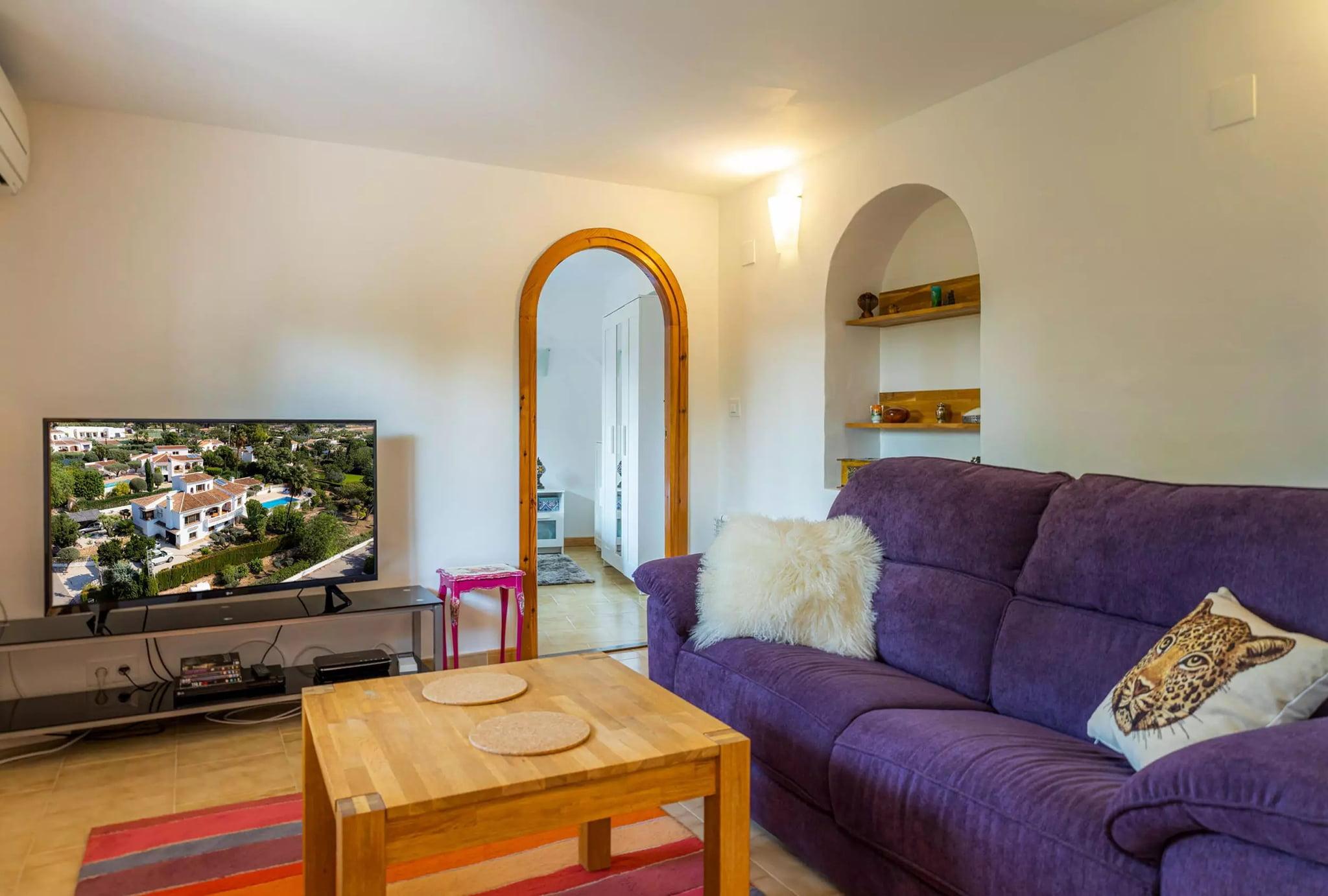 Salón en apartamento independiente de la villa familiar con Vicens Ash Properties